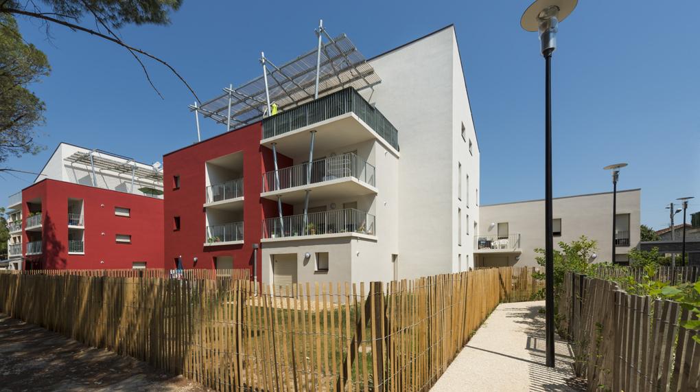 La pin de lunel lebunetel architectes urbanistes for Architecte lunel