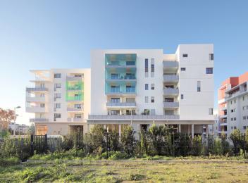 Royal Montcam - Ovalie - Montpellier _ façade sur avenue du Mondial_crédit photo Wherle photographe